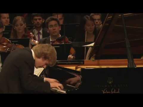 W. A. Mozart - Piano Concerto No. 20 in D minor, K. 466 - Jan Lisiecki