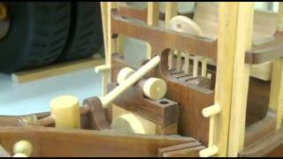 00026 Wooden Model Road Grader.flv