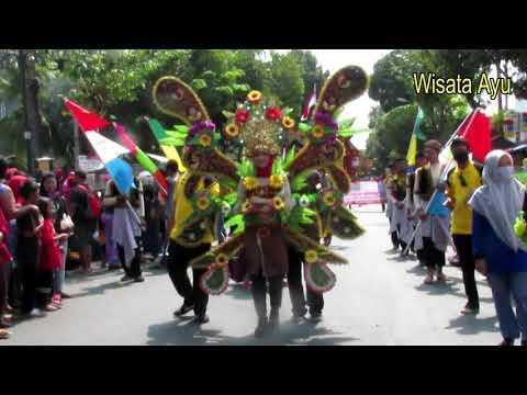 karnaval-keren-kostum-kerajaan-kediri