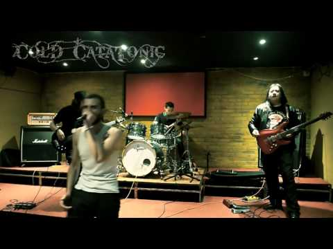 COLD CATATONIC EN VIVO