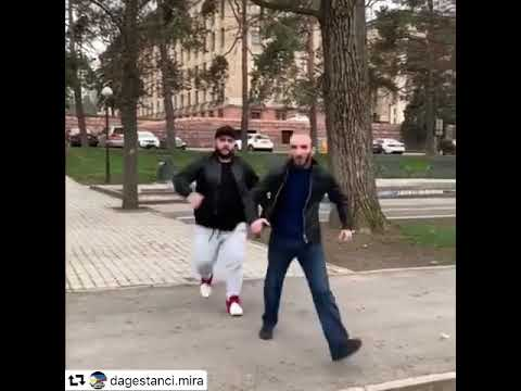Сека и Омар Алибутаев