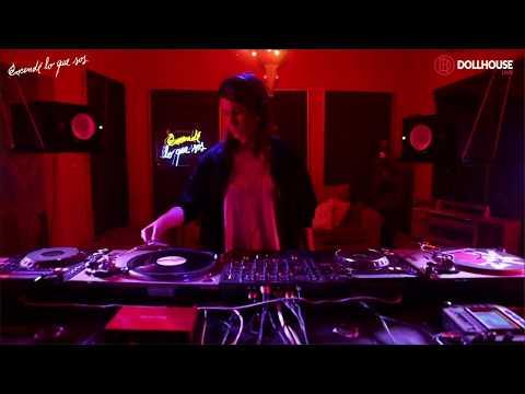 Oshana | Dollhouse Live Sessions | May 2018