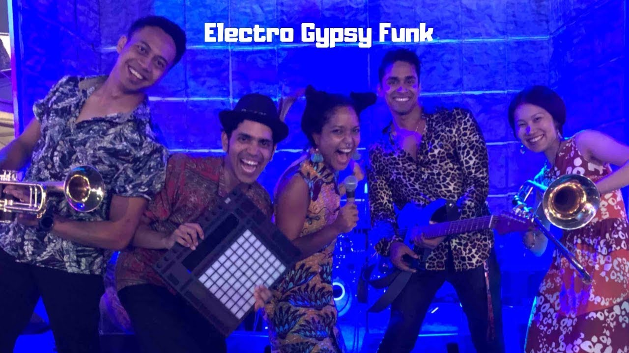 Electro Gypsy Funk Music, Paddock Club Stage, Singapore Grand Prix Formula 1 Night Race