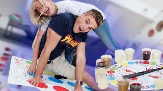 Die ekligste Twister Challenge (Kelly vs EsKay)