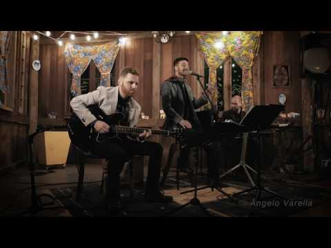 HOME- (Michael Bublé cover)- Ângelo Varella, Daniel Bortolini (guitar)& Edu Gobi (Piano)