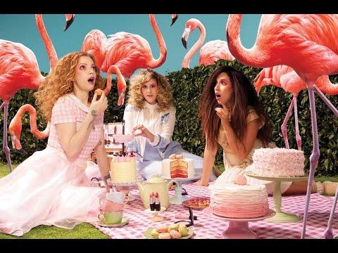 Julia Petit, Nina, Secrets, Bruna Vieira e Fabi Gomes em: M.A.C Flamingo Park!
