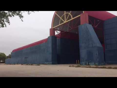 Abandoned Hypermart USA (1987) Garland, Texas