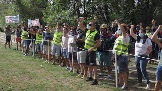 Trabajadores de Alcoa muestran su apoyo al Comité en negociaciones con la empresa