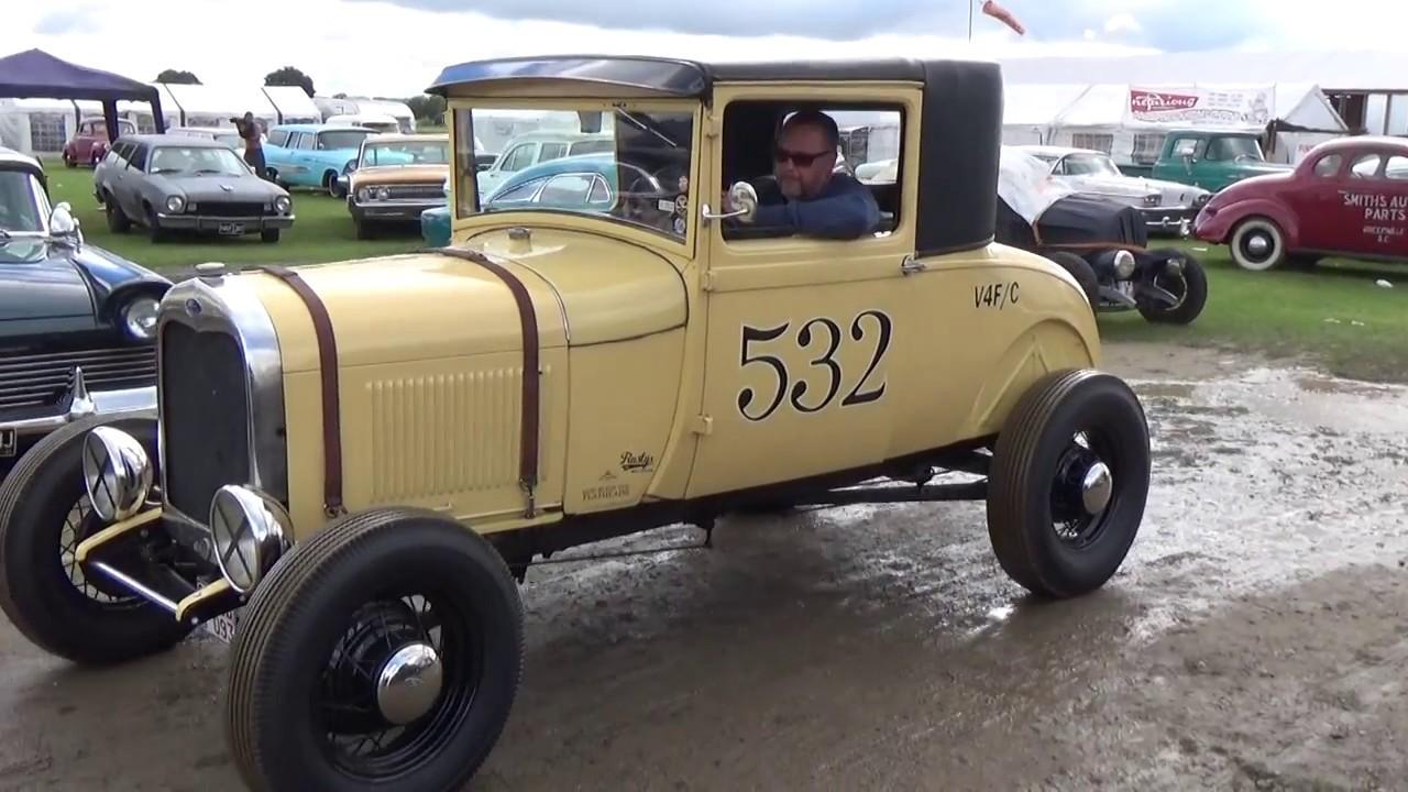 Hot Rod Hayride 2017 Headcorn Aerodrome - YouTube