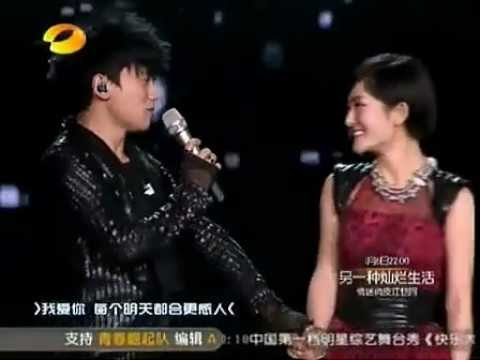 Zhang Jie - First Lady (with Xie Na) on Hunan TV's 2011-2012 New Year's Concert