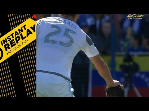 Hair Pulling: Automatic red card?