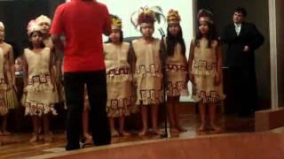 Baixar Vídeo coral das crianças indígenas da aldeia urbana Marçal de Souza