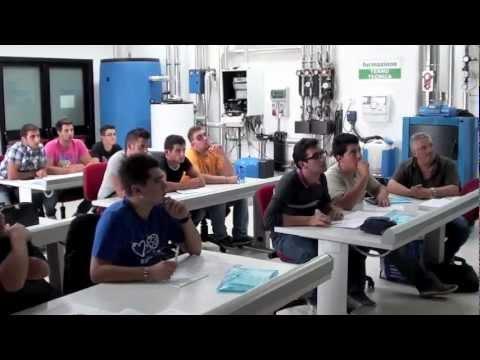 """Pon C5 Stage presso Eurosatellite """"il veicolo ibrido nell'automotive industry"""""""