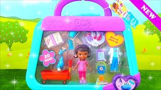 Abrindo Brinquedo - Doutora Brinquedos | Maleta Hora do Check Up!!! Em Portugues Disney Toy Kids.