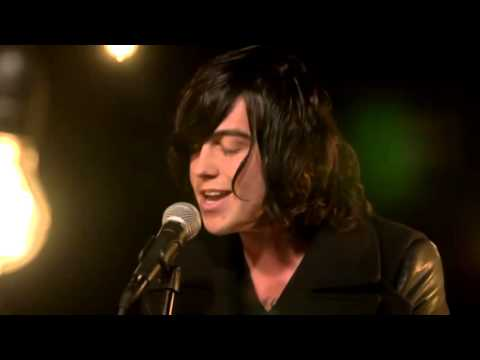 Satellites - Sleeping With Sirens (acoustic video)