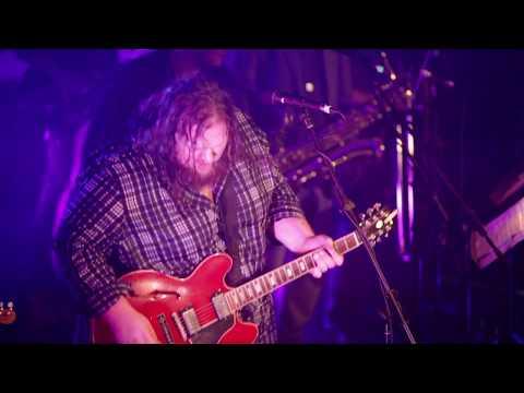 Matt Andersen & The Mellotones - Going Down (LIVE)