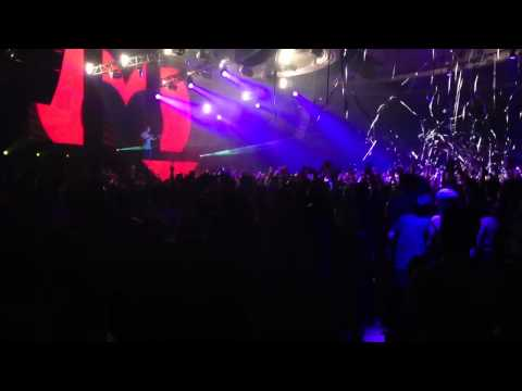 Dash Berlin @ Palladium 2/24/2012: California Love (ID Remix)