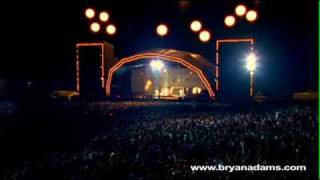 Bryan Adams The Only Thing That Looks Good On Me Is You Live At Slane Castle Ireland