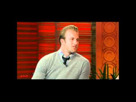 HD Hawaii Five-0: Scott Caan on Regis & Kelly - 11/22/10