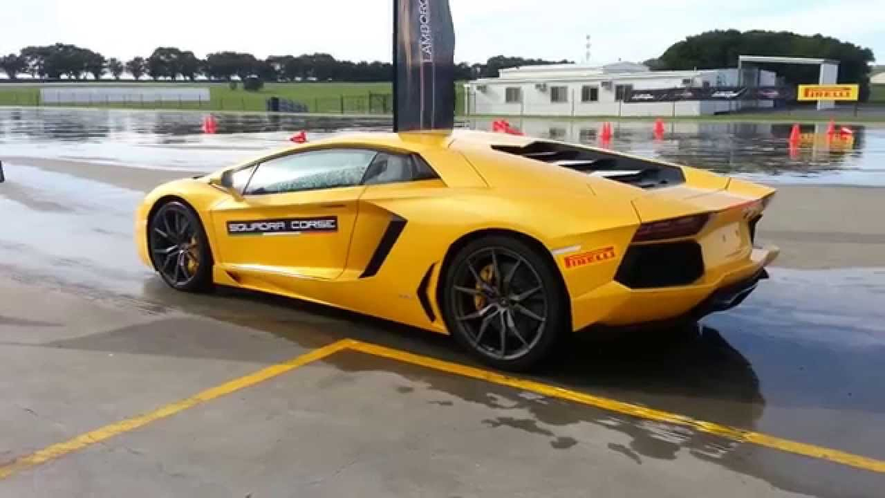 lamborghini aventador drifting and launch control phillip island grand prix circuit australia. Black Bedroom Furniture Sets. Home Design Ideas