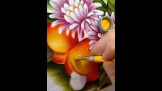 Pintura em tecido pintando caju