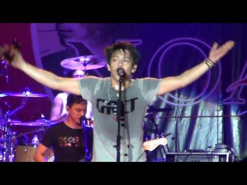 NOAH - MENGHAPUS JEJAKMU (LIVE SHOW IN SUNGAILIAT BANGKA)