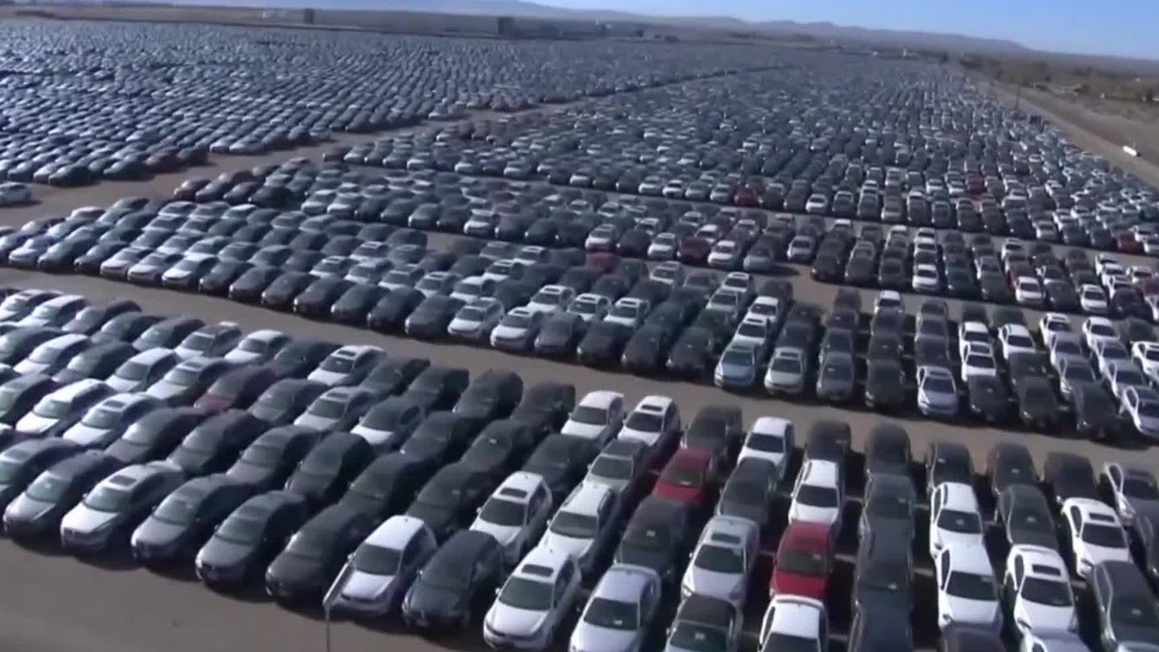 300,000 VW Diesels Sitting All Over The US - YouTube