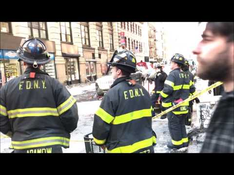 """FDNY ON SCENE OF, """"DANGEROUS ICE FALLING OFF BUILDING"""", CALL IN TRIBECA, MANHATTAN, NYC."""