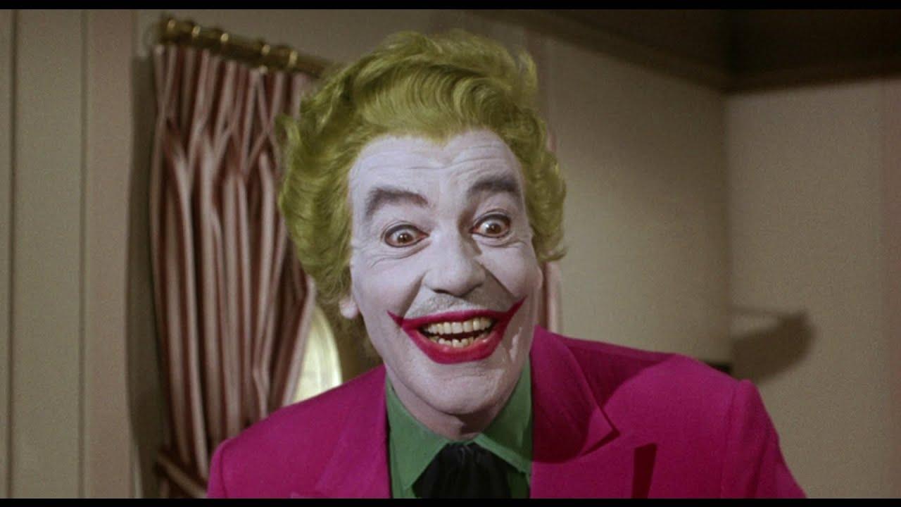 Alfred vs The Joker - YouTube