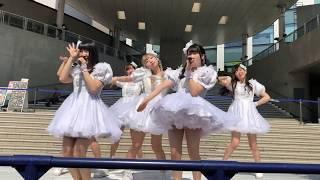 フェスティバル広場にて.