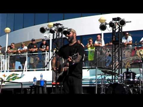 """Aaron Lewis - Acoustic """"Turn the Page"""" Seger Cover Awesome"""