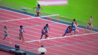 Jasmin Stowers Losing Her Wig When Falling In The 110 Mtr Hurdles. Anniversary Games. London 9/7/17.