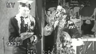 Video 1900s Epic Diner Pie Fight! (Silent) download MP3, 3GP, MP4, WEBM, AVI, FLV Oktober 2019