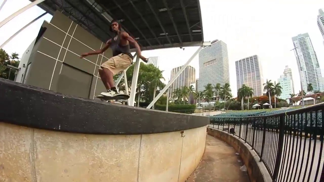 Desmond White raw footy