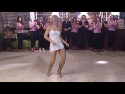 Sara López and her stunnin Kizomba dance style 🍒