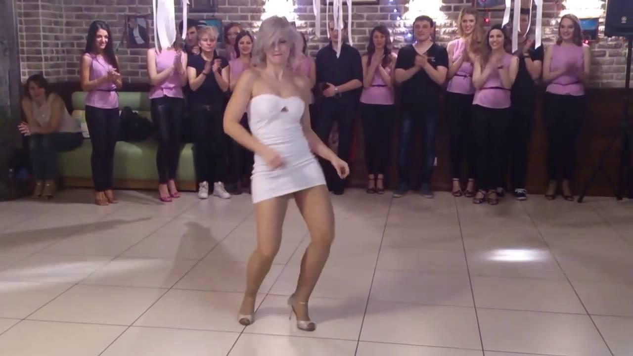 Sara López and her stunnin Kizomba dance style 🍒 - YouTube