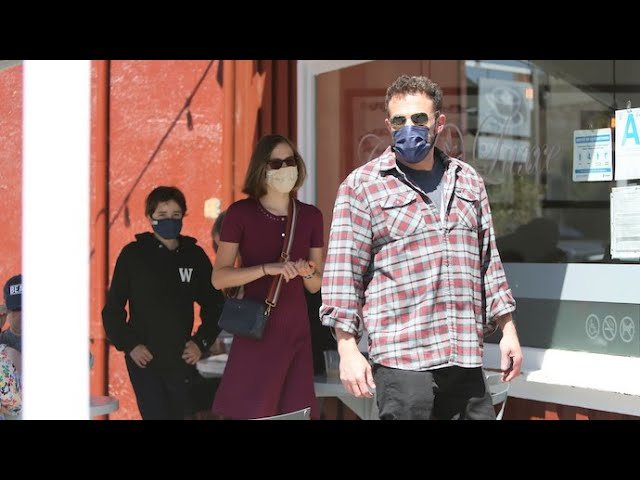 Ben Affleck Treats His Two Favorite Girls To Ice Cream In Brentwood