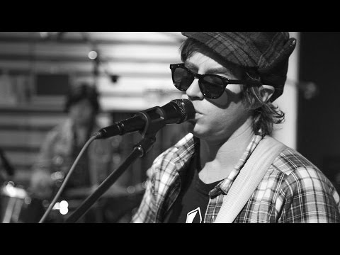 """Dr. Dog """"The Truth"""" – Pandora Sessions"""