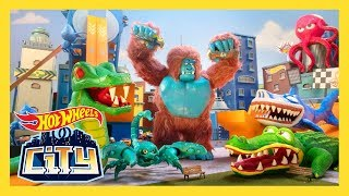 GIANT CREATURES TAKEOVER! | Hot Wheels City | Hot Wheels