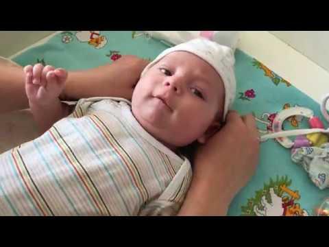 Как одевать младенца.