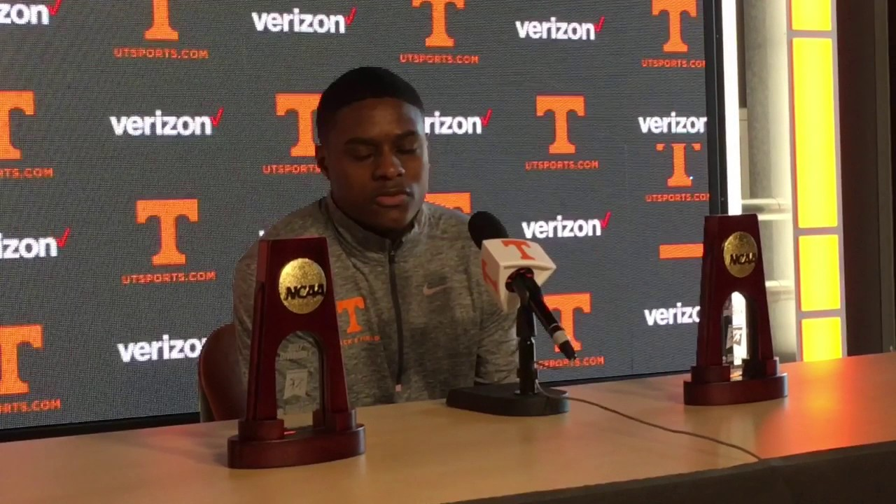 Tennessee's Christian Coleman sets collegiate mark in 100