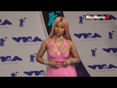 Nicki Minaj arrives at 2017 MTV Video Music Awards