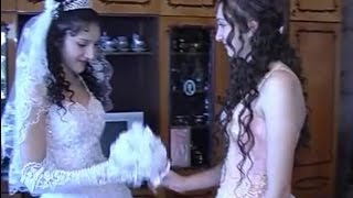 01.Свадьба цыган, жениху и невесте 14 и 15 лет ВАХ ВАХ/ Menores de boda de Roma !!