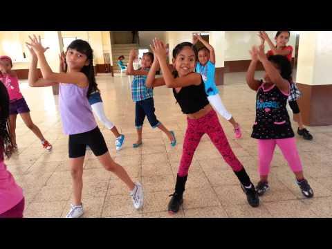 Escuela SUR: clases para niños. Coreografía Teke