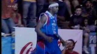 Larry Taylor slam dunk