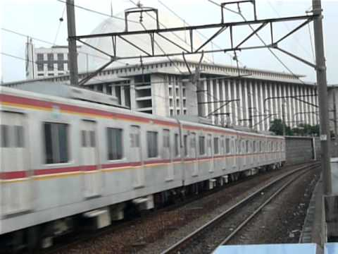 KRLジャボデタベック 東京メトロ05系110F Bogor駅発車   by helloparty20