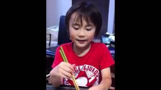 小学校一年の息子がどんなアニメよりも愛する青木隆治さんが歌う美空ひ...