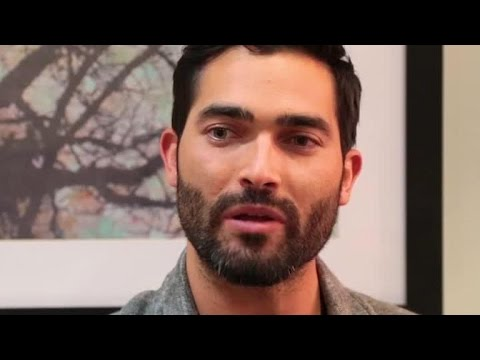 Backstage Bites! Would You Rather with Tyler Hoechlin