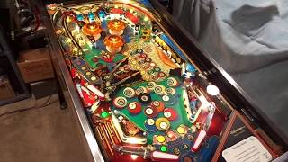 Gambar cover Bally CLASSIC Eight Ball Deluxe 1984 version RESTORED by Dr. Dave's Pinball Restorations