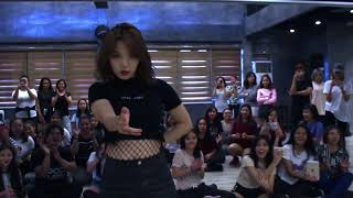 Video SUNMI 'GASHINA' Class Preview download MP3, 3GP, MP4, WEBM, AVI, FLV Juli 2018